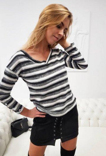 Sweterek Stripes