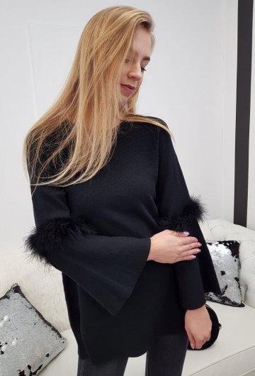 Sweterek Piórka Czarny